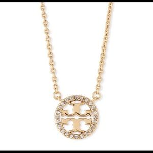 NWT TORY BURCH CRYSTAL CIRCLE GOLD LOGO NECKLACE!